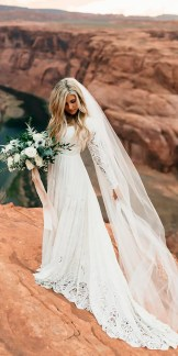 40 Long Viels Wedding Dresses Ideas 42