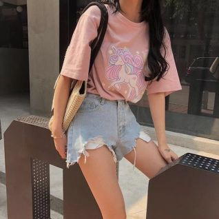 40 Pink T Shirt Street Styles Ideas 15