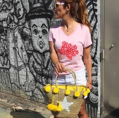 40 Pink T Shirt Street Styles Ideas 21