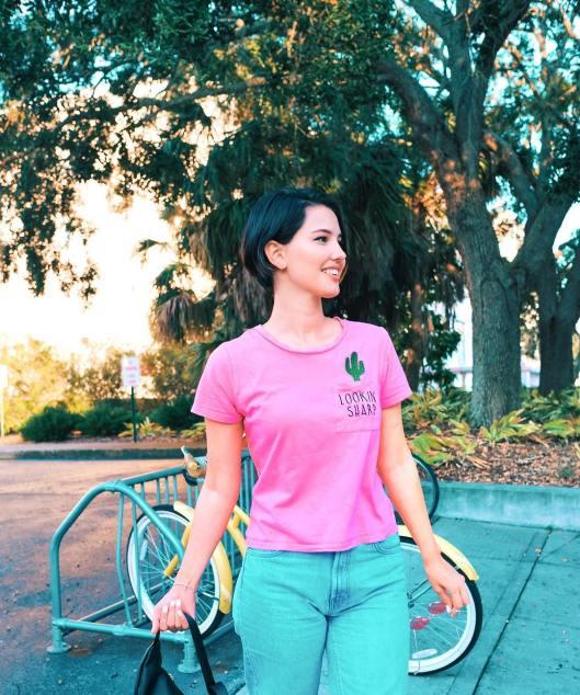 40 Pink T Shirt Street Styles Ideas 34