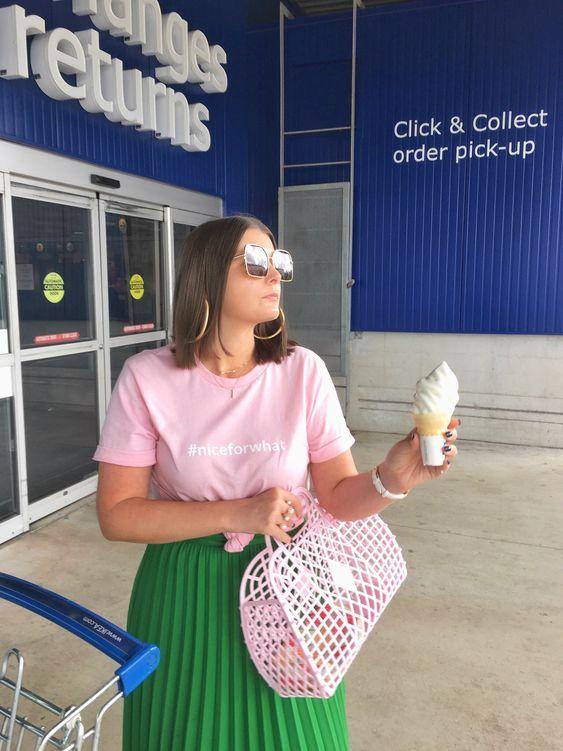 40 Pink T Shirt Street Styles Ideas 5