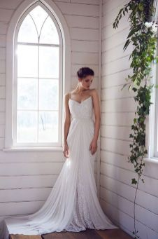 40 Shimmering Bridal Dresses Ideas 11
