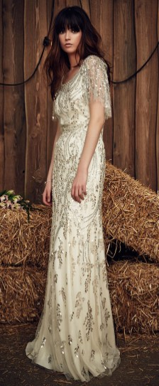 40 Shimmering Bridal Dresses Ideas 19