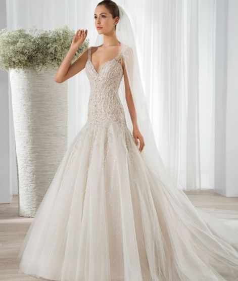 40 Shimmering Bridal Dresses Ideas 46