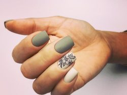 40 Simple Grey Nail Art Ideas 16 2