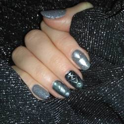 40 Simple Grey Nail Art Ideas 19 2