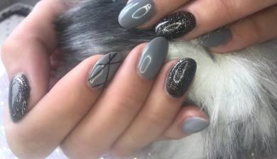 40 Simple Grey Nail Art Ideas 42 2