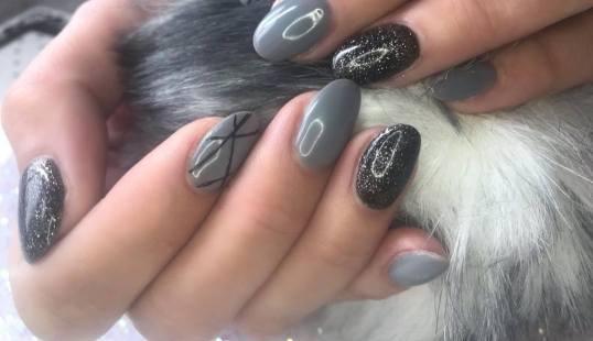 40 Simple Grey Nail Art Ideas 42 2