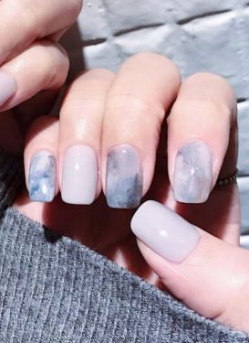 40 Simple Grey Nail Art Ideas 6 2