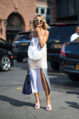 40 Stylish Asymmetric Dress Ideas 35
