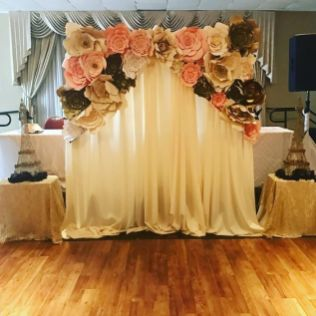 40 Ways to Use Paper Flowers At Your Wedding 31