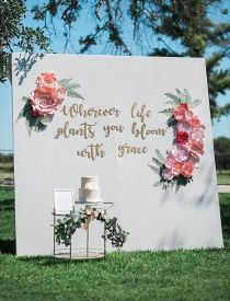 40 Ways to Use Paper Flowers At Your Wedding 5