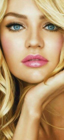 40 Ways to Wear Pink Lipstick Ideas 30