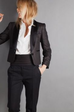 40 Ways to Wear Women Suits Ideas 17