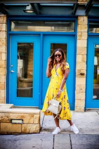 40 Yellow Outfits in Fashion Ideas 15