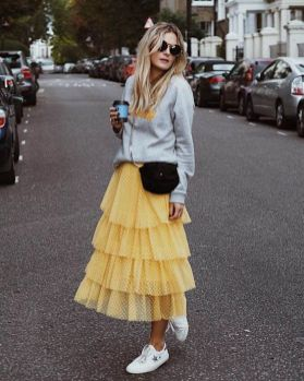 40 Yellow Outfits in Fashion Ideas 17