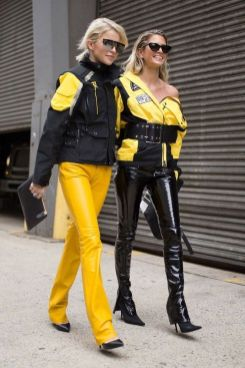 40 Yellow Outfits in Fashion Ideas 28