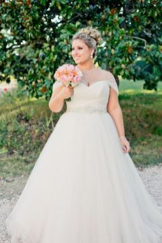 50 Ball Gown for Pluz Size Brides Ideas 46