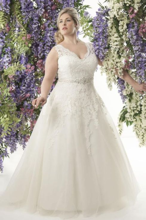 50 Ball Gown for Pluz Size Brides Ideas 51