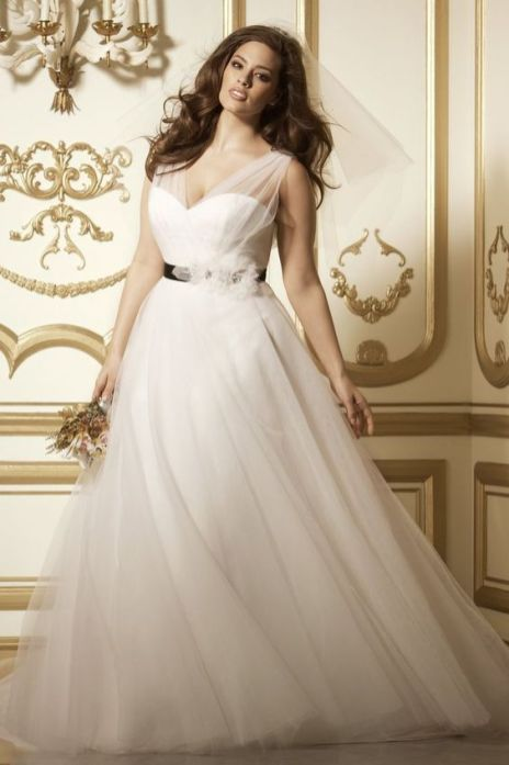 50 Ball Gown for Pluz Size Brides Ideas 8