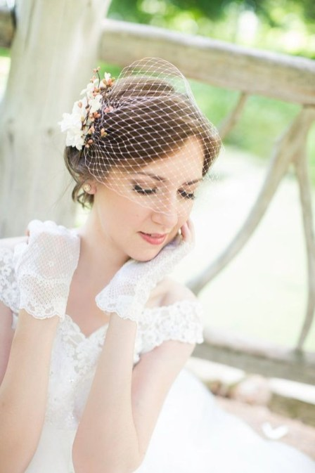 50 Blusher Veils and Bridcage for Brides Ideas 17