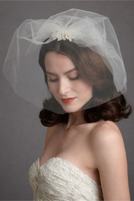 50 Blusher Veils and Bridcage for Brides Ideas 6