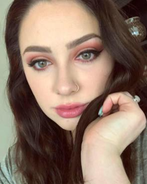 50 Green Eyes Makeup Ideas 19