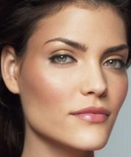 50 Green Eyes Makeup Ideas 37