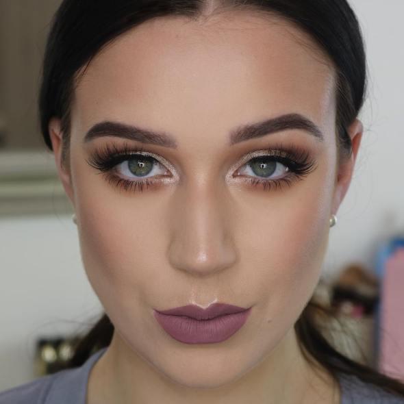 50 Green Eyes Makeup Ideas 40