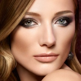 50 Green Eyes Makeup Ideas 45