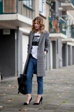 50 How to Wear an Oversized T Shirt Ideas 36