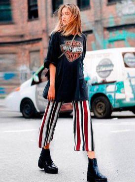 50 How to Wear an Oversized T Shirt Ideas 37