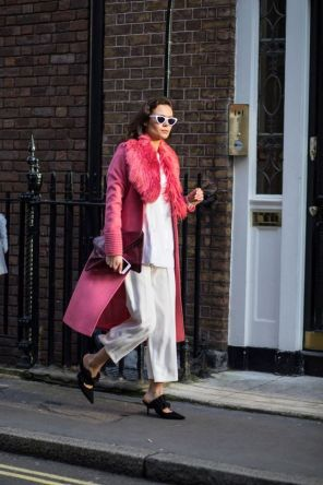 50 Möglichkeiten rosafarbene Outfits Ideen zu tragen 21
