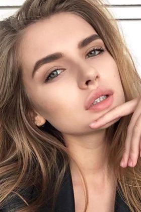50 Perfekte natürliche Make up für Frauen Idee 34