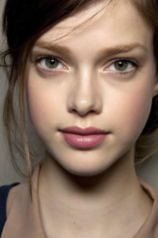 50 Perfekte natürliche Make up für Frauen Idee 45