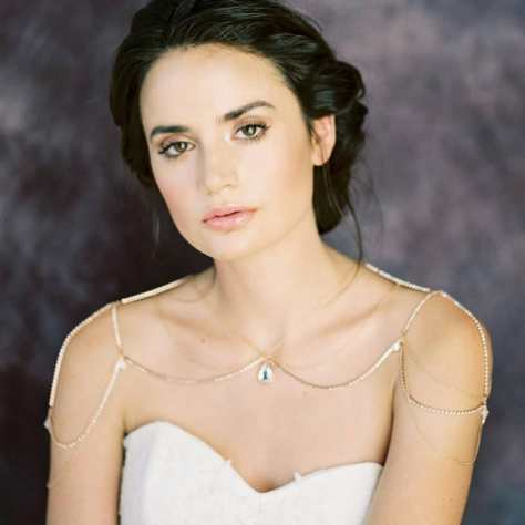 50 Shoulder Necklaces for Brides Ideas 20