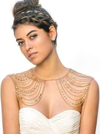 50 Shoulder Necklaces for Brides Ideas 29