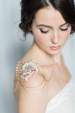 50 Shoulder Necklaces for Brides Ideas 33