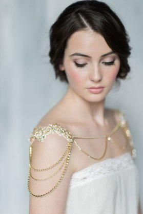 50 Shoulder Necklaces for Brides Ideas 39