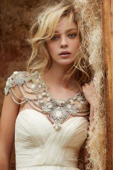 50 Shoulder Necklaces for Brides Ideas 53