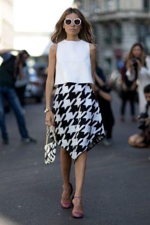 50 White Sleeveless Top Outfits Ideas 11