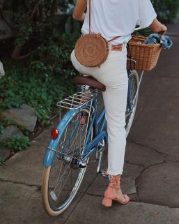 50 Woven and Bamboo Bags for Summer Ideas 18
