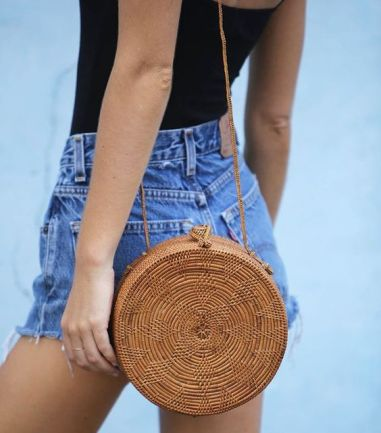 50 Woven and Bamboo Bags for Summer Ideas 46