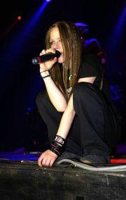 90 Old Avril Lavigne Styles Ideas 10