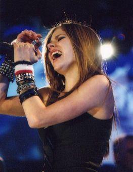 90 Old Avril Lavigne Styles Ideas 23