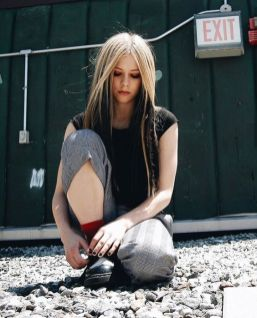 90 Old Avril Lavigne Styles Ideas 34