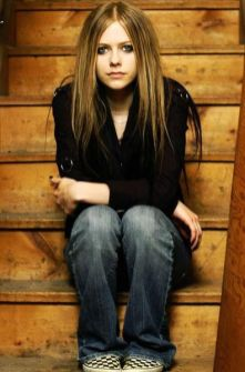 90 Old Avril Lavigne Styles Ideas 63