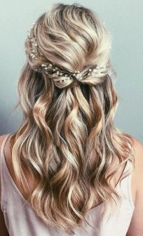30 Simple Long Hairstyles for Party Look Ideas 15