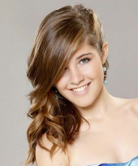 30 Simple Long Hairstyles for Party Look Ideas 16