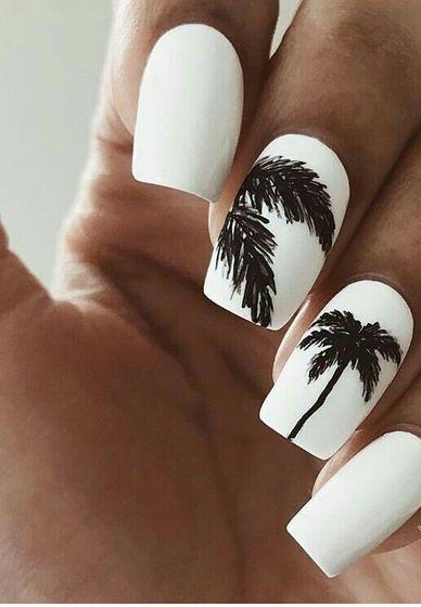 40 Beach Themed Nail Art for Summer Ideas 11